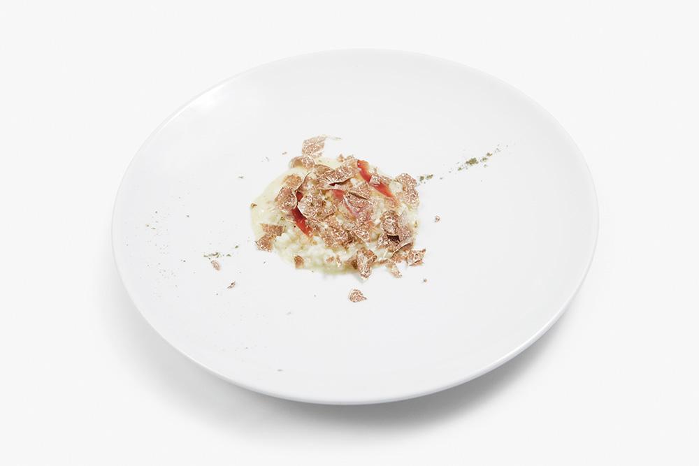 Risotto alle erbe di campo, Castelmagno DOP, speck d'oca affumicato e tartufo bianco - by Giuseppe Iannotti